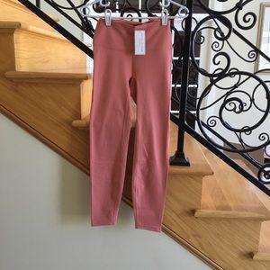 Astoria leggings Sz M activewear peach NWT